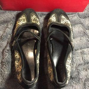 Guess Women Casual Strap Black Sandals size 8.5 M